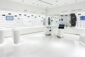 Rivoli/zeiss Store Festival City mall Dubai
